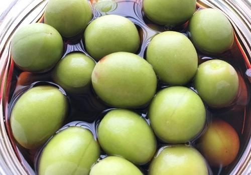 小梅のカリカリ醤油漬けの作り方